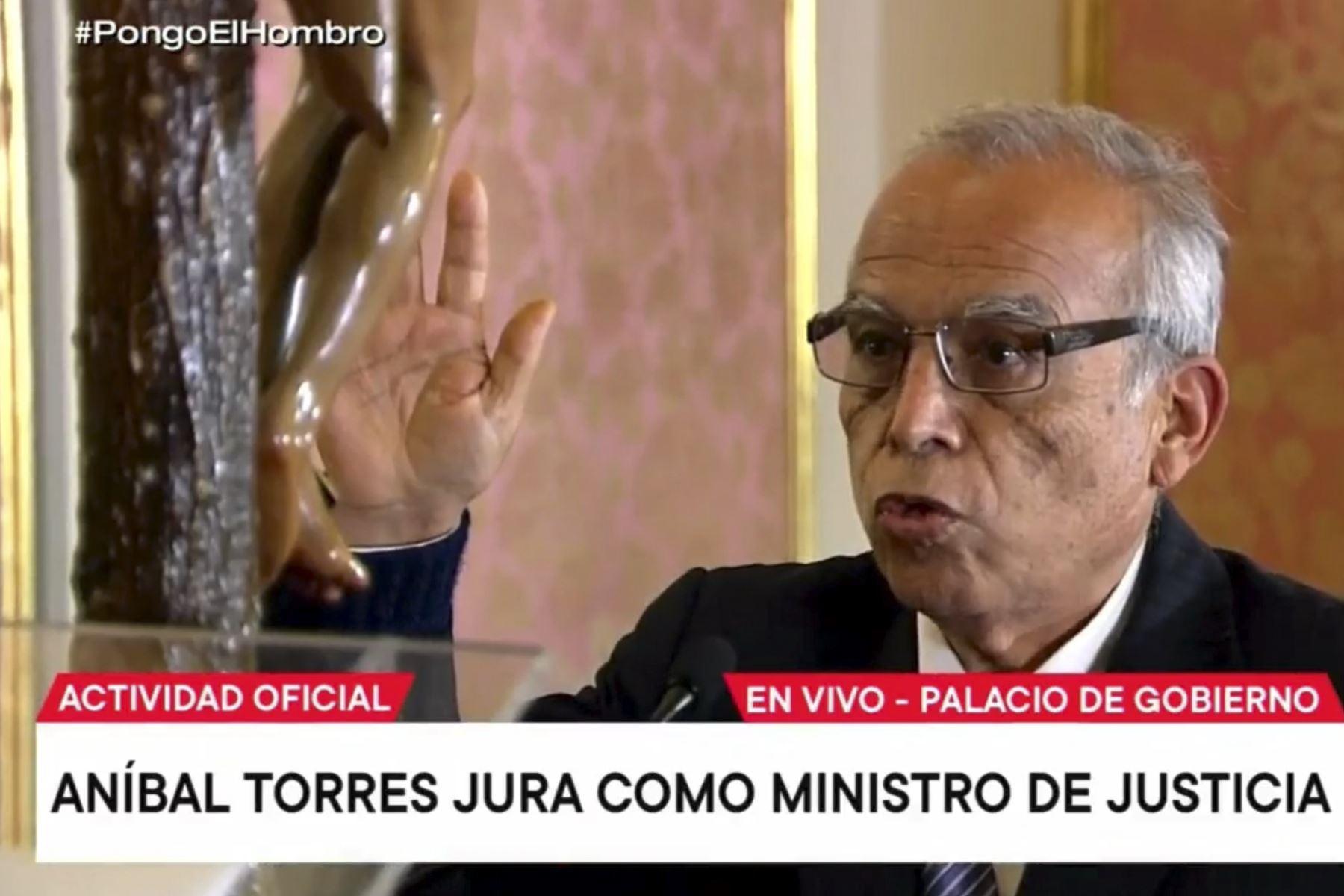Aníbal Torres es ratificado como ministro de Justicia y Derechos Humanos