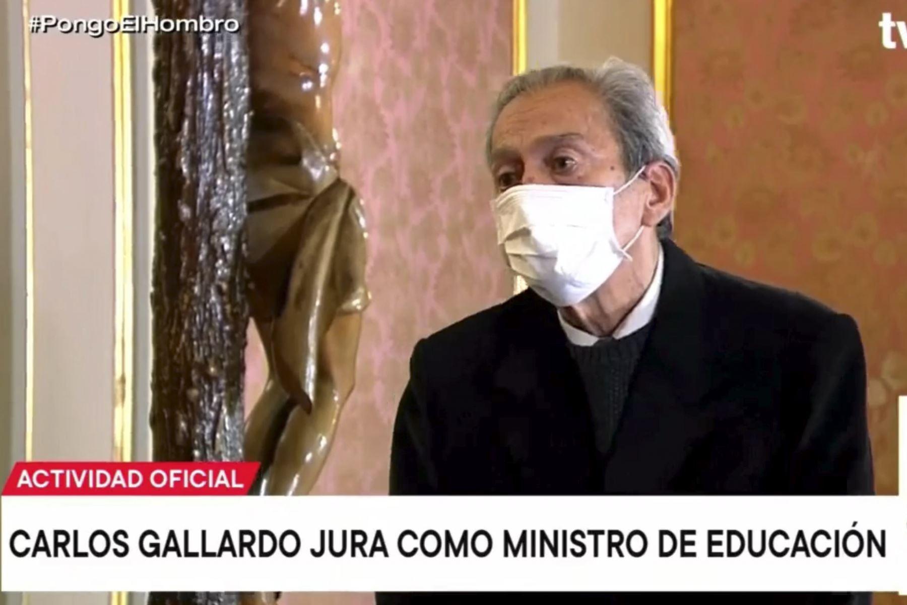 Carlos Alfonso Gallardo Gómez juró como ministro de Educación