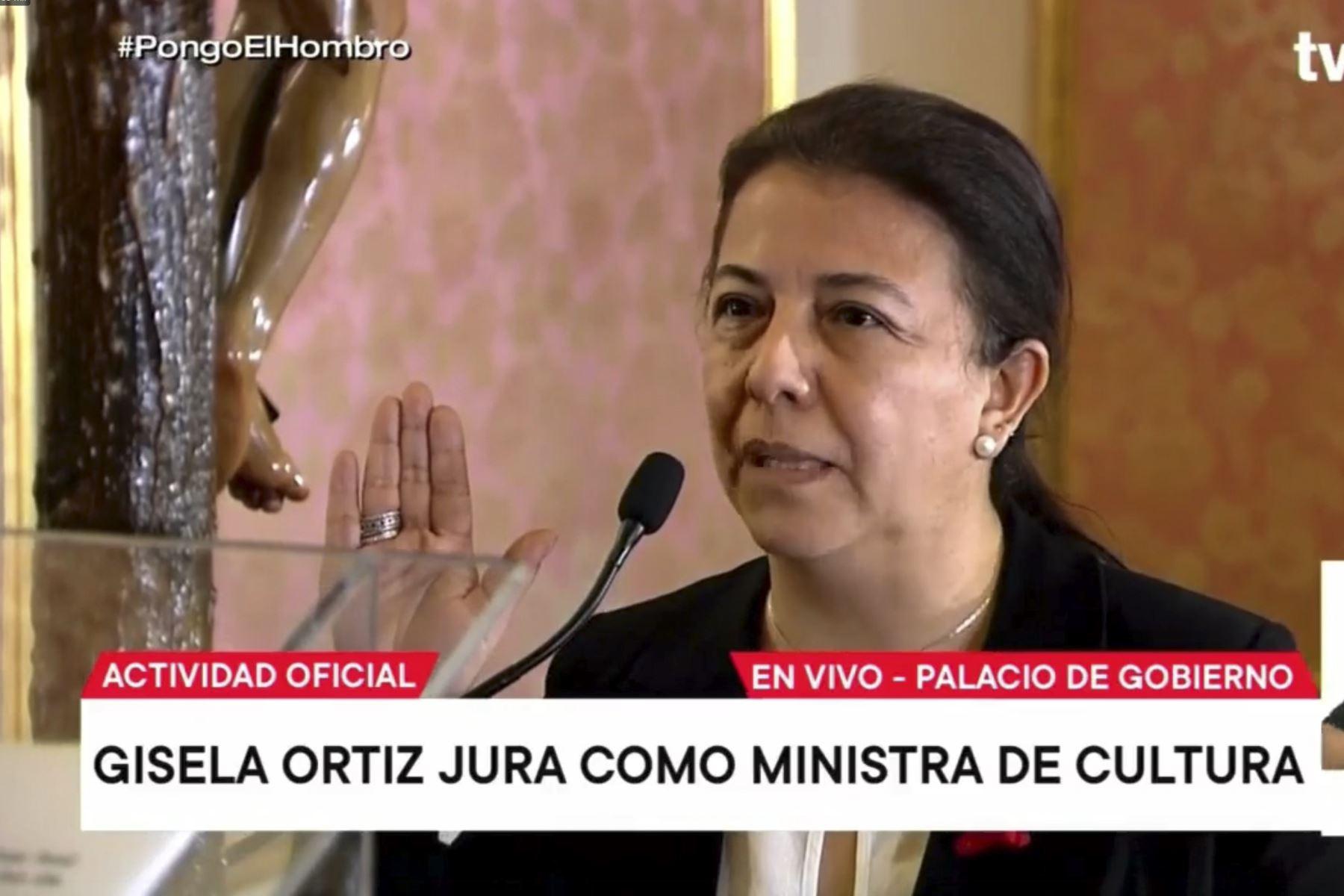 Andrea Gisela Ortiz jura como nueva ministra de Cultura