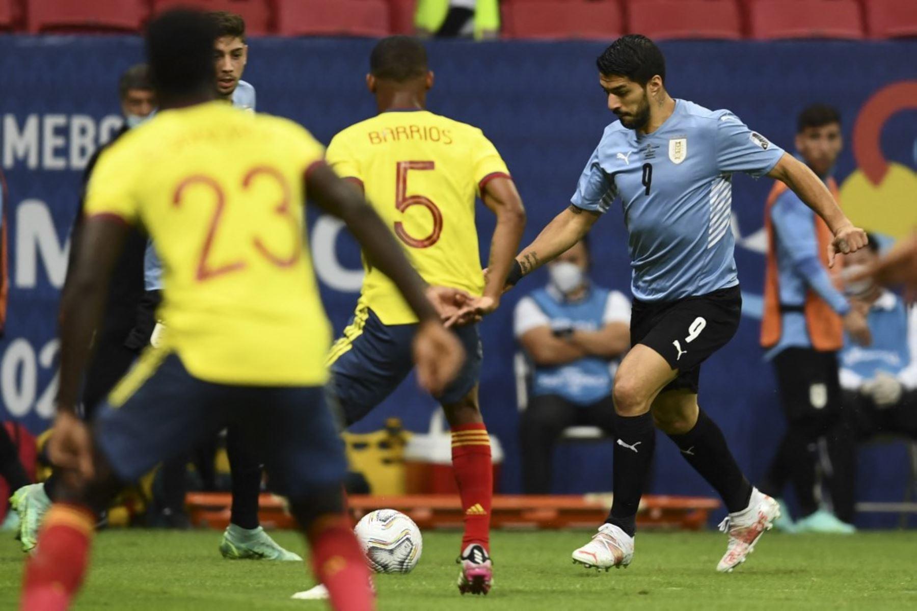 Uruguay y Colombia se enfrentan en choque decisivo en Montevideo