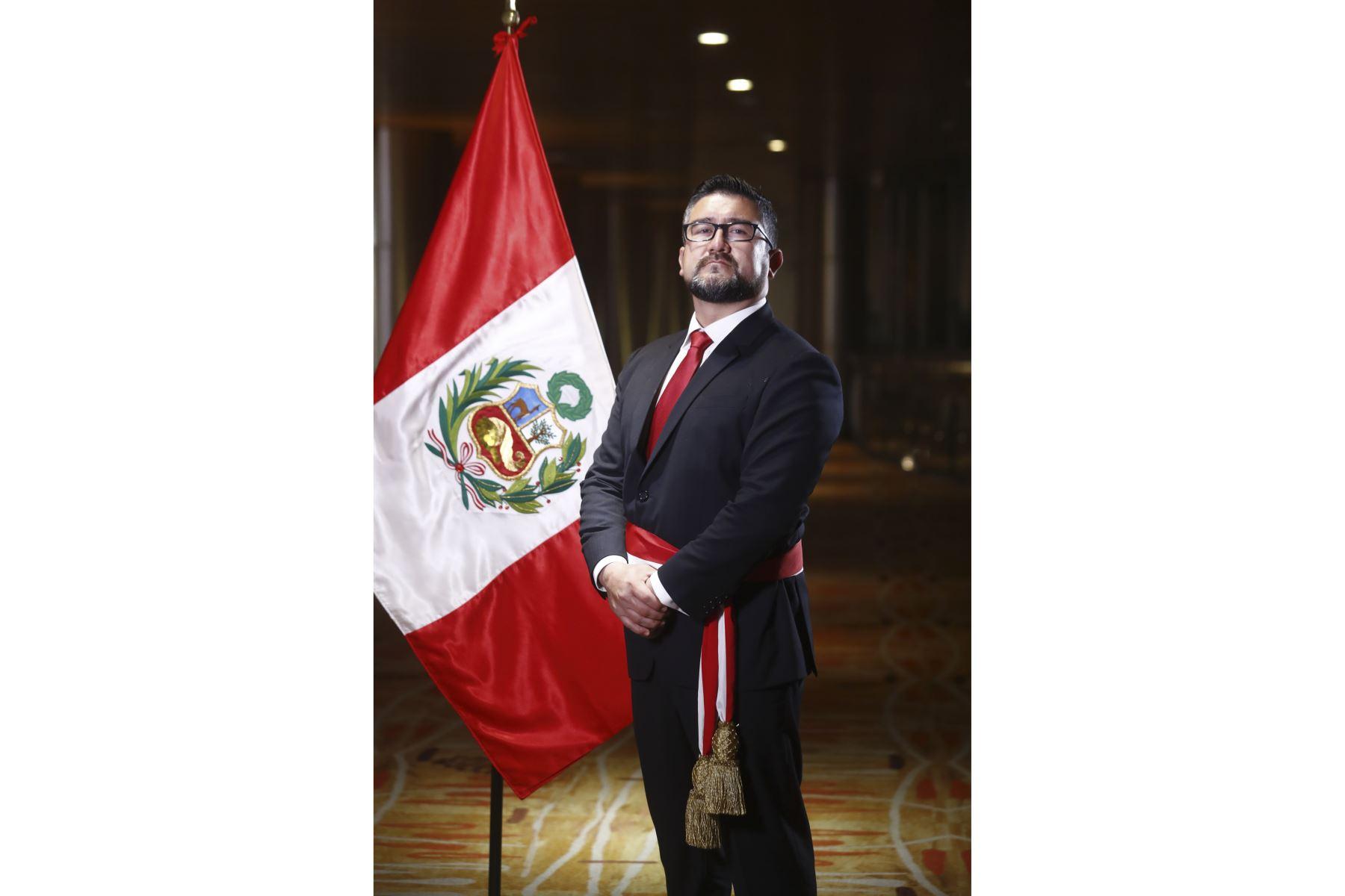 Geiner Alvarado: este es el perfil del ministro de Vivienda, Construcción y Saneamiento