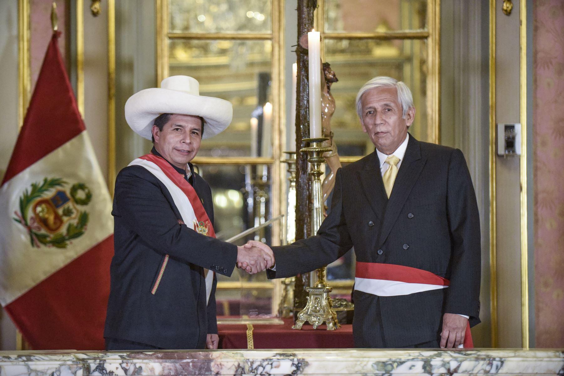 Eduardo González: Este es perfil del nuevo ministro de Energía y Minas