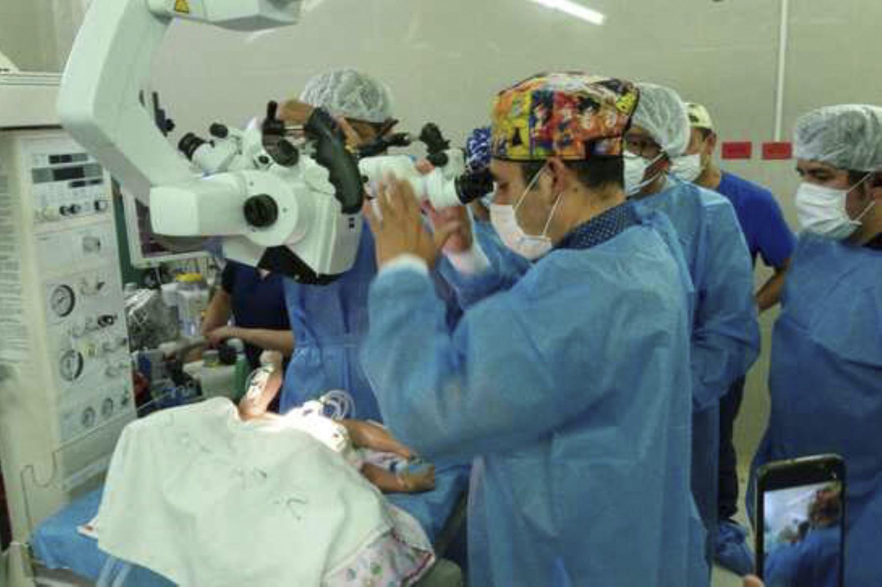 Arequipa: separación de bebés siameses será el lunes 11 en el Hospital Goyeneche