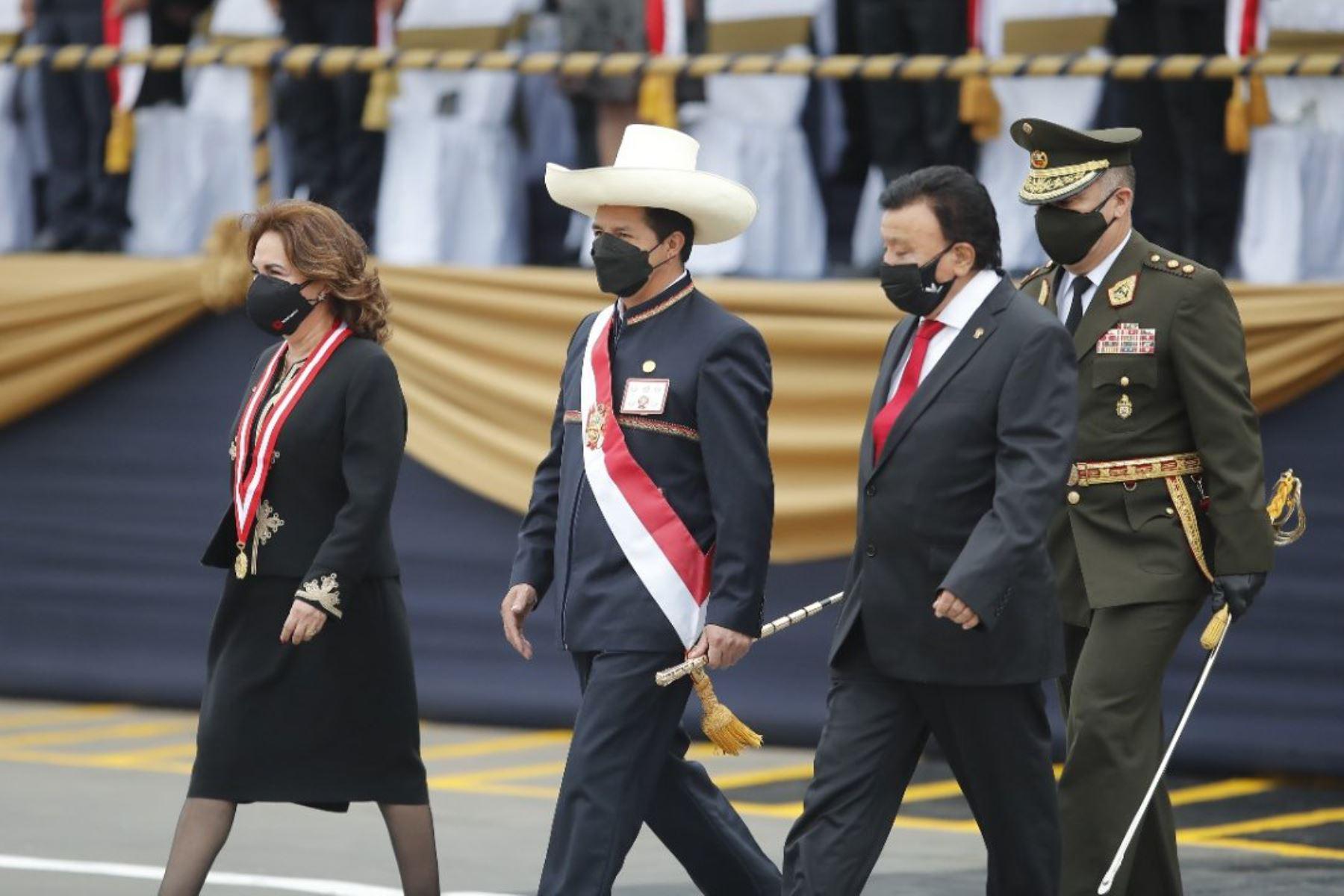 """Presidente Castillo: """"Debemos construir un país más justo y equitativo"""""""