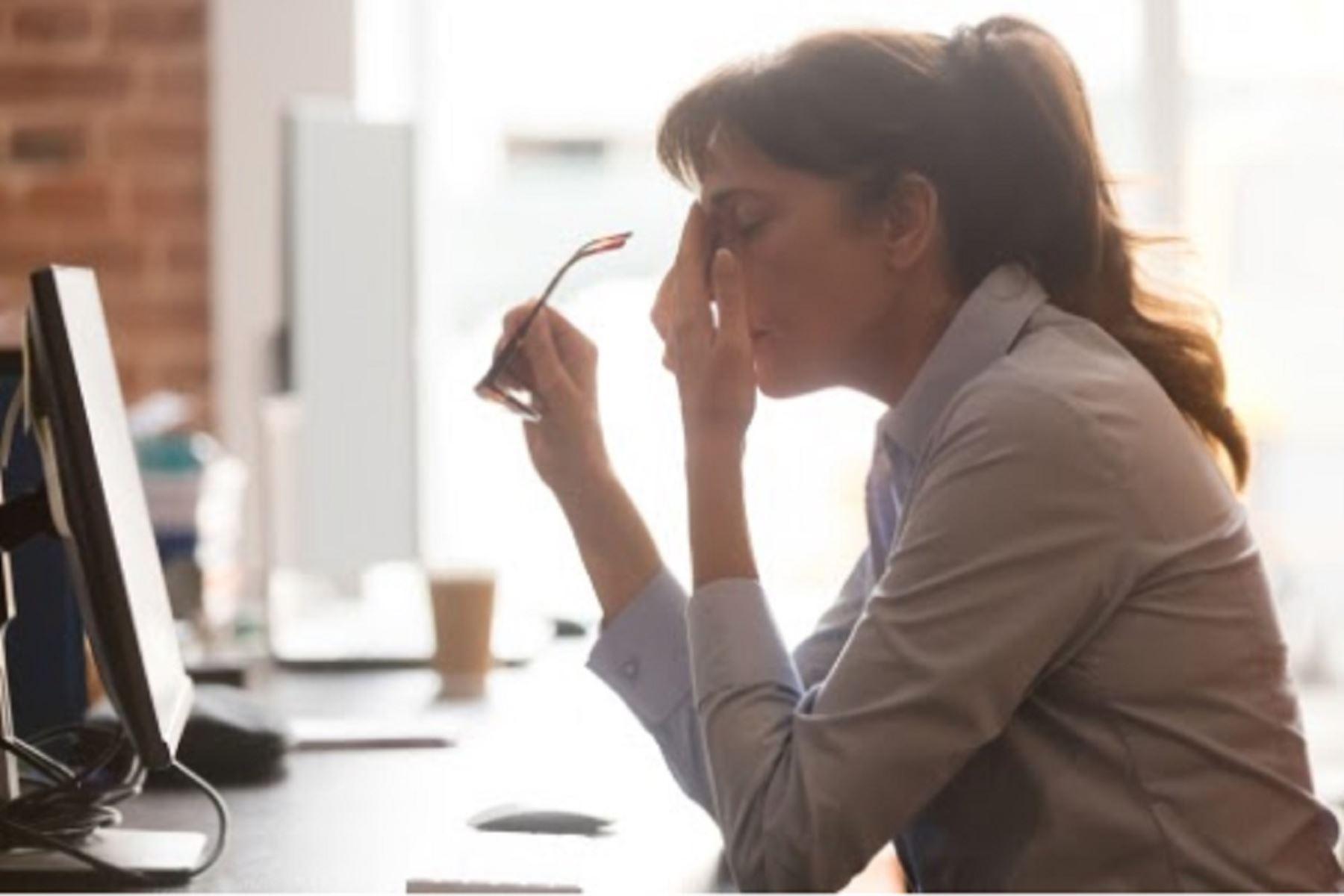 Solo el 20 % de trabajadores no presentó riesgo respecto a su salud mental en la pandemia