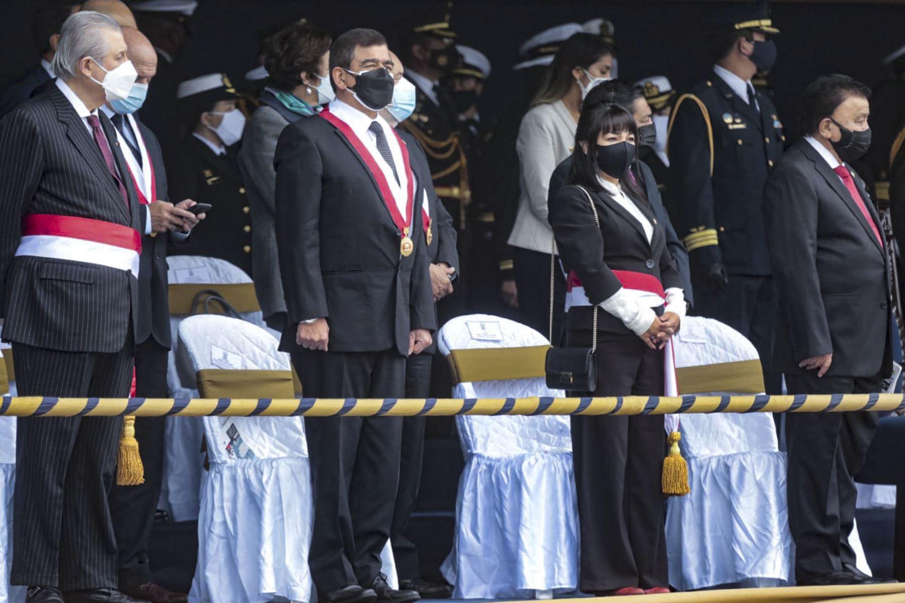 Presidenta de la PCM expresa reconocimiento a la Marina de Guerra por su aniversario