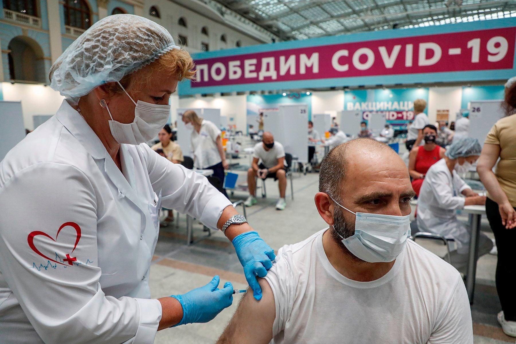 Rusia marca nuevo récord de muertes y se acerca a 30 mil contagios diarios