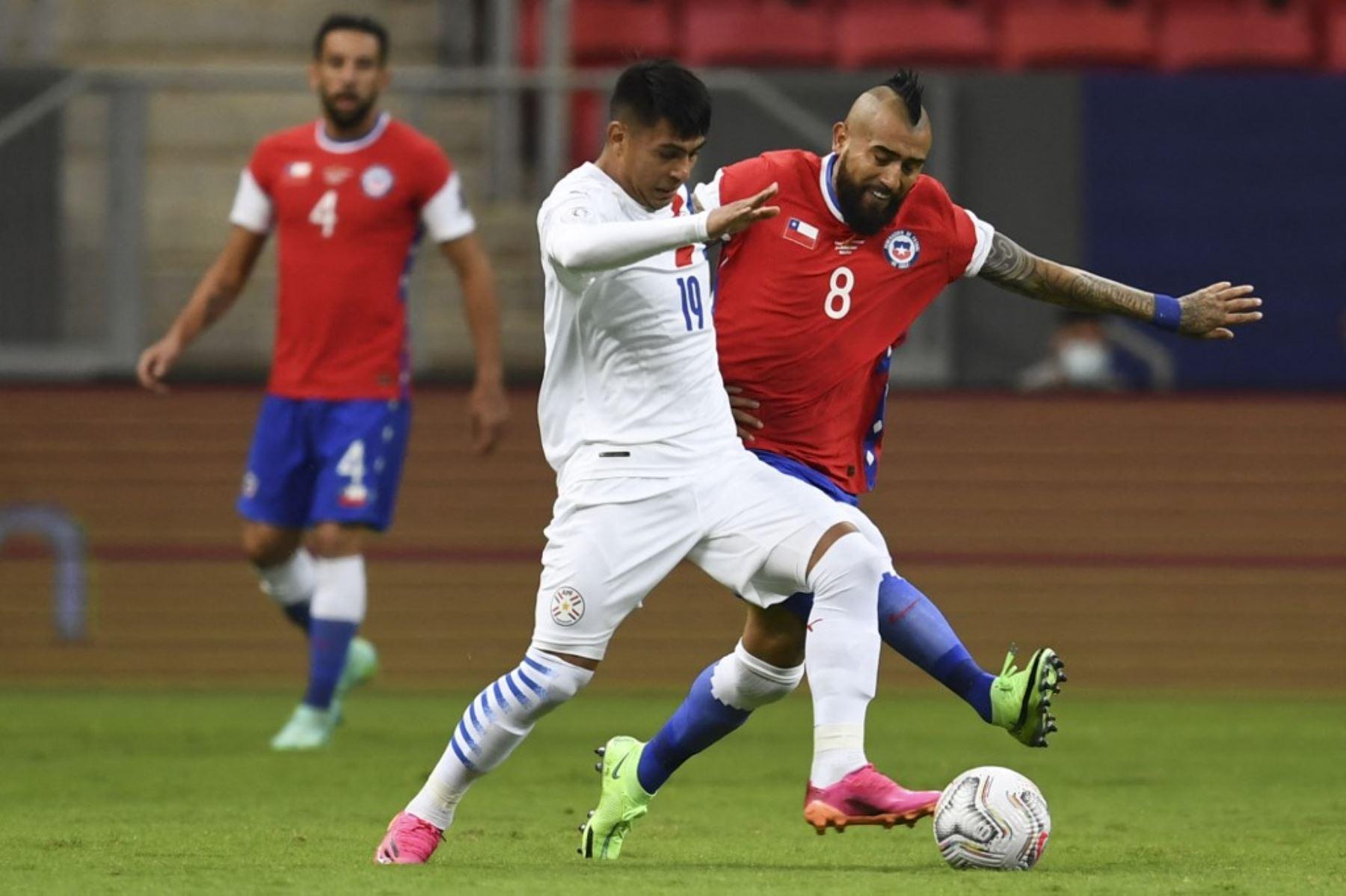 Chile, con un pie fuera del Mundial, va por el todo o nada ante Paraguay