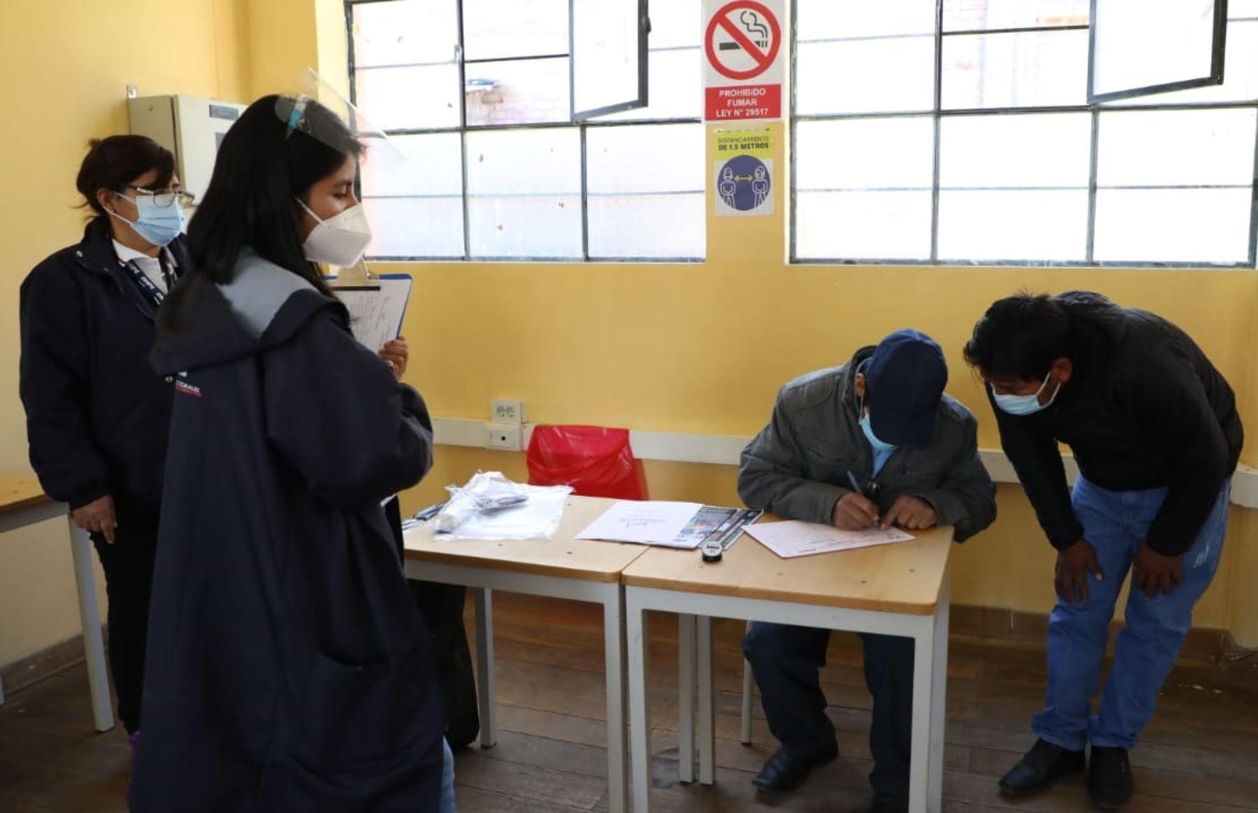 Revocatoria: primera mesa de sufragio se instaló en Tauripampa, en la provincia de Yauyos