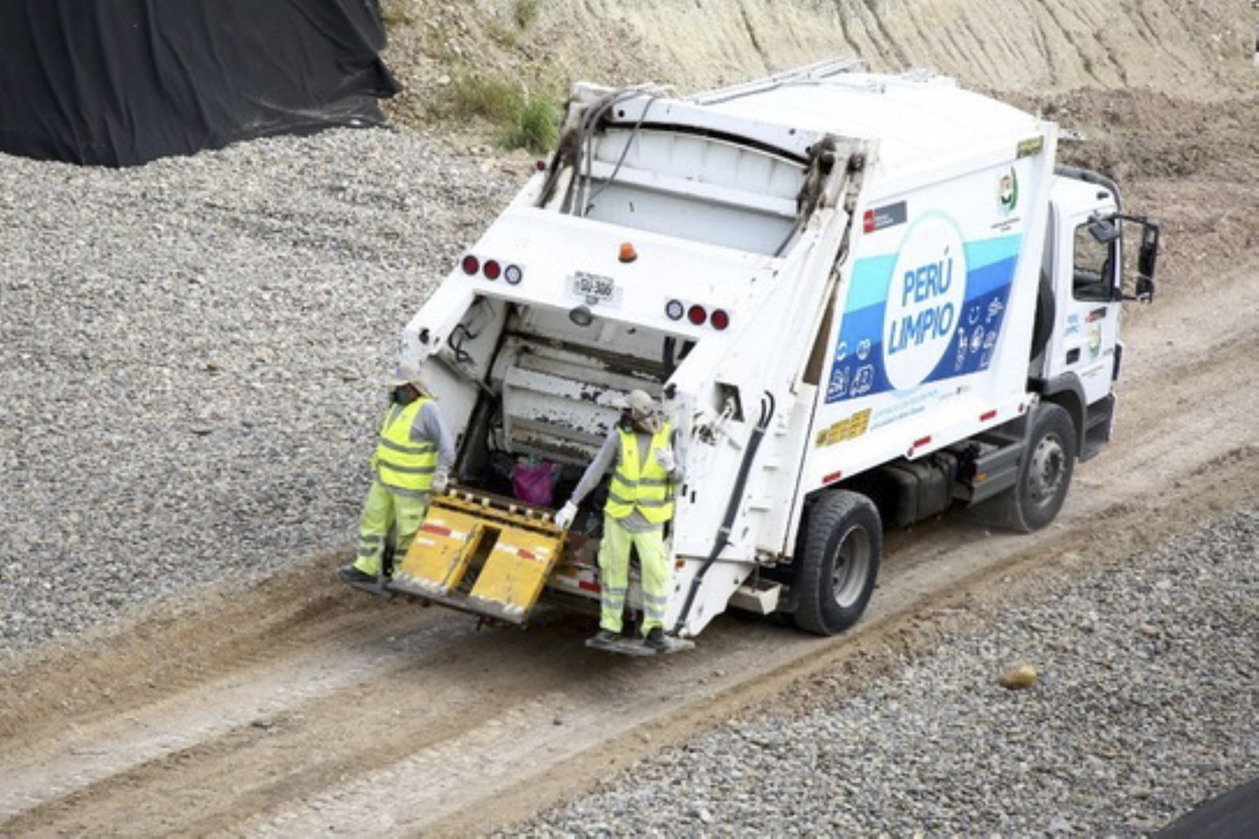 Minam capacita a gobiernos regionales y locales sobre gestión de residuos sólidos