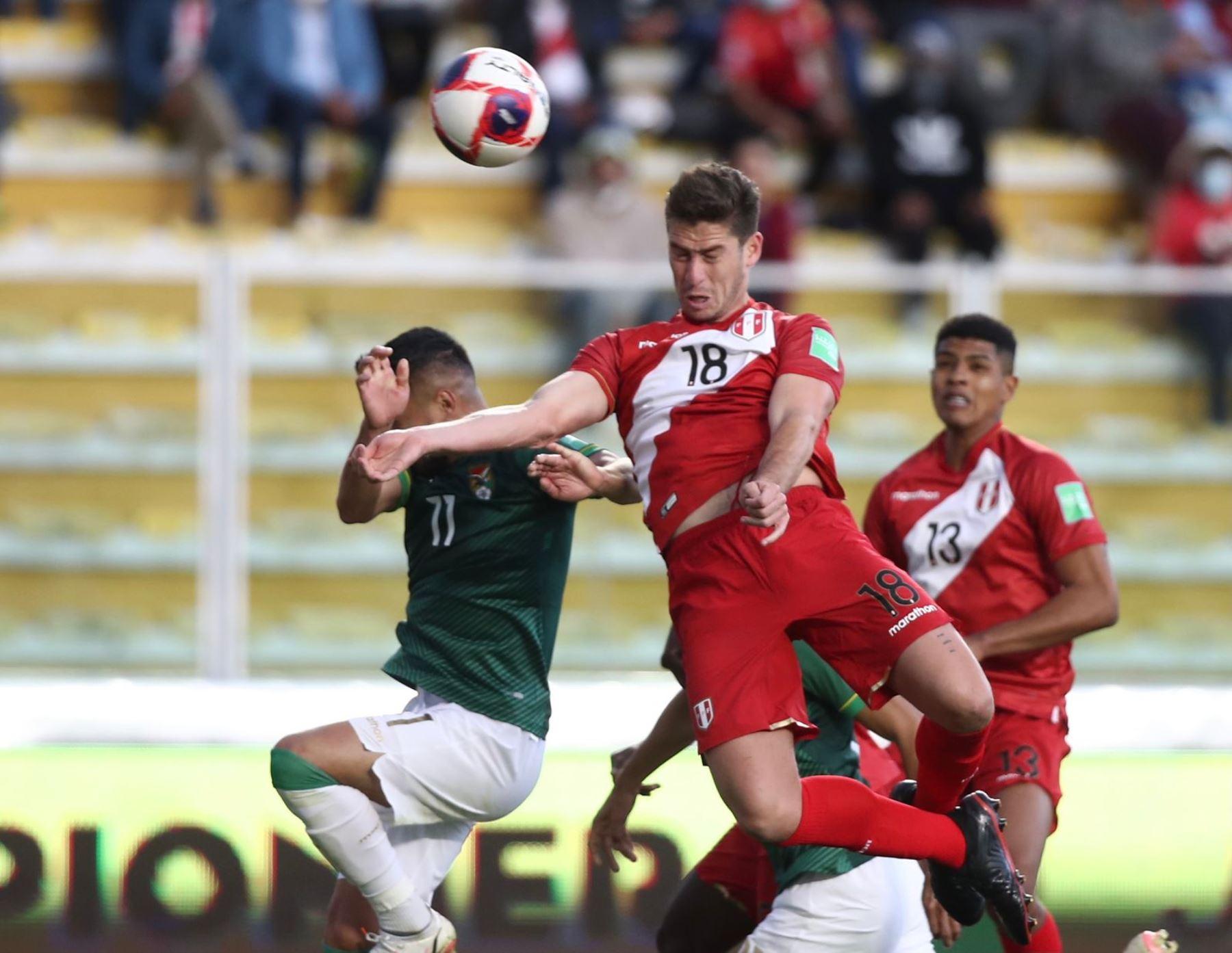 """Santiago Ormeño: \""""El sueño sigue intacto y tenemos nuestras fuerzas en llegar al Mundial\"""""""