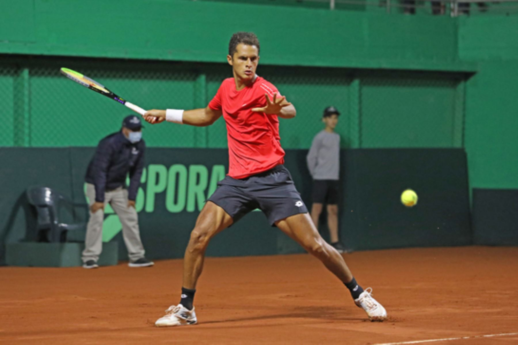 Tenista peruano Juan Pablo Varillas campeona en Challenger de Santiago 2
