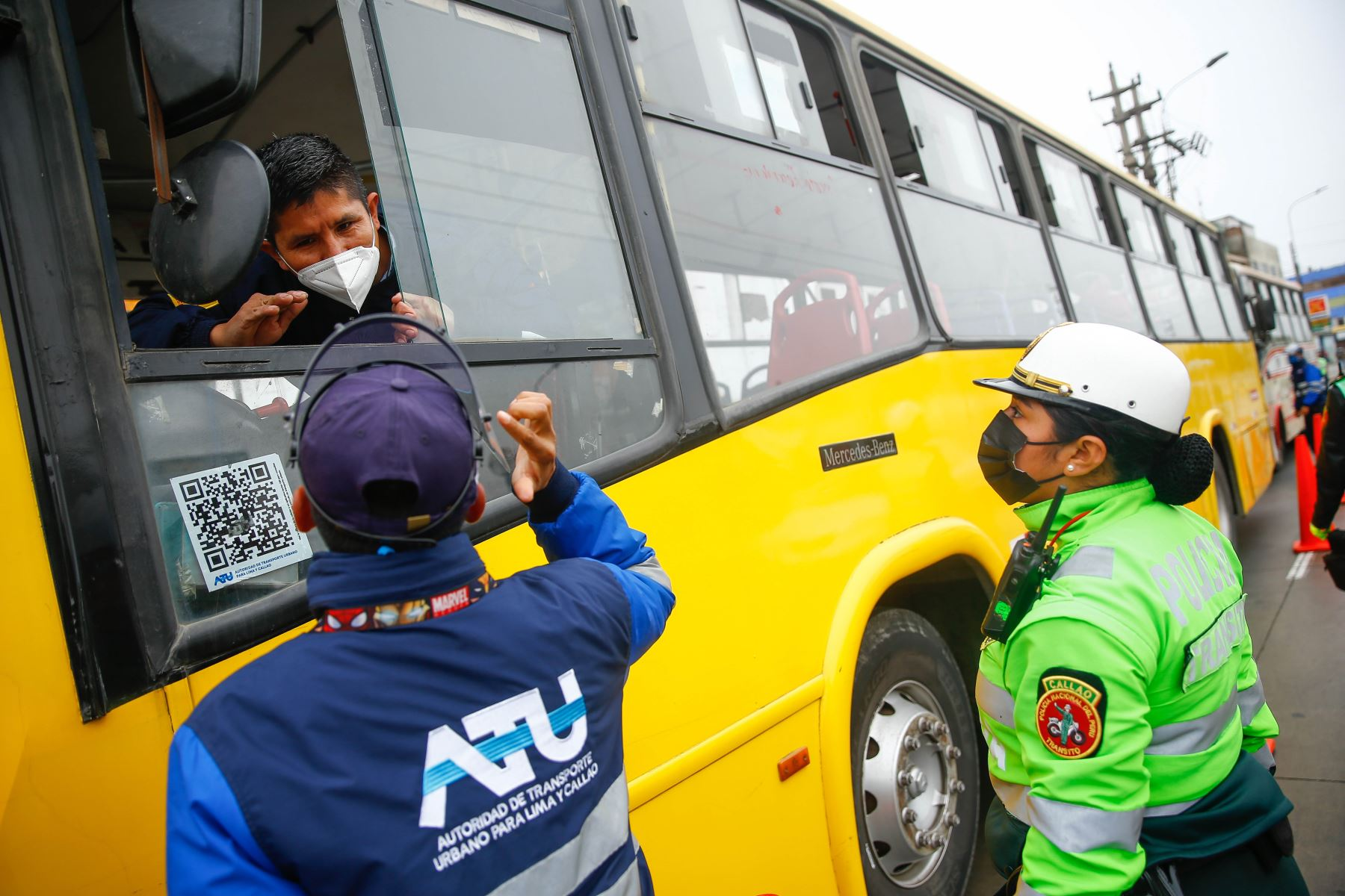 ATU, PNP y Minsa promueven vacunación contra la covid-19 en transportistas del Callao