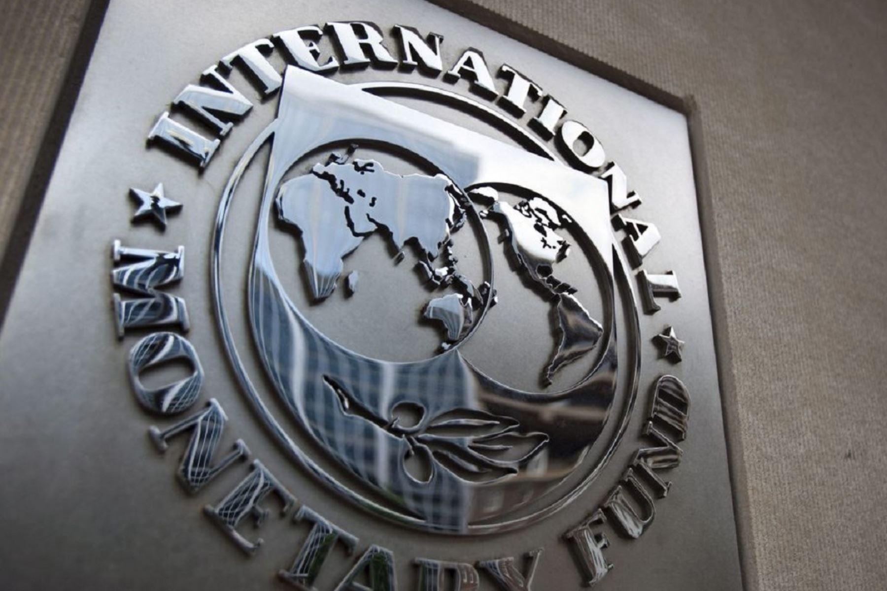 FMI eleva proyección de crecimiento de economía peruana a 10% para el 2021