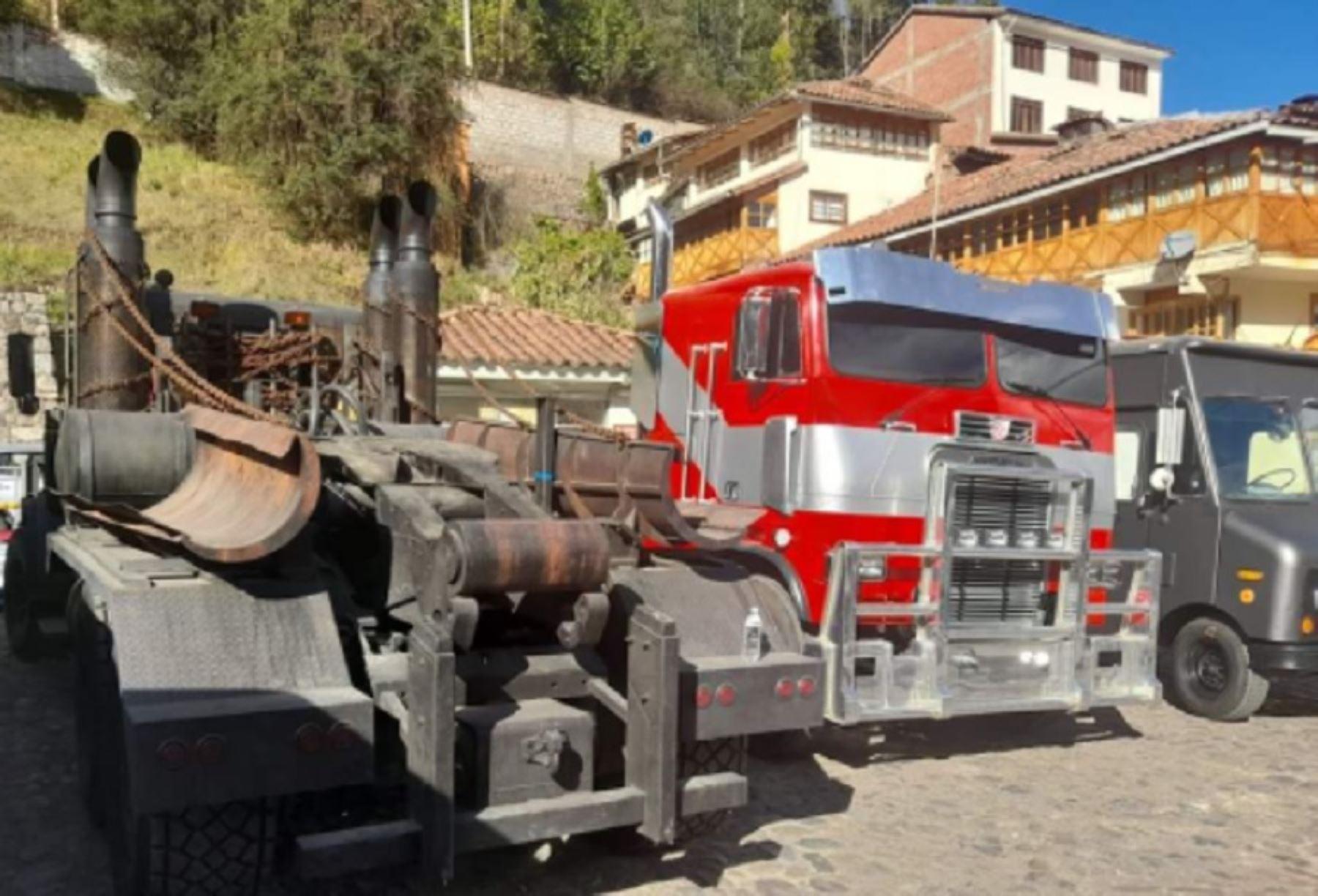 Cusco de película: vehículos de película Transformers son sensación en la Ciudad Imperial