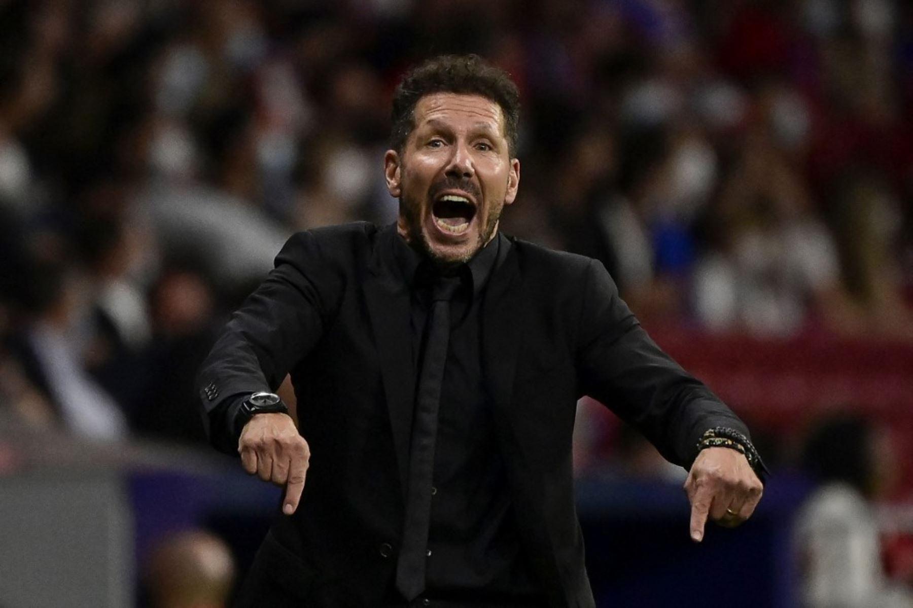 Simeone confiesa que intentó llevar a Lionel Messi al Atlético de Madrid