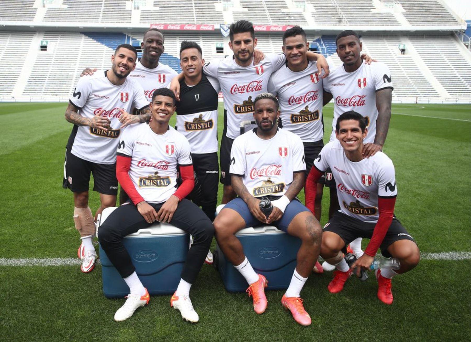 Selección peruana: Optimismo y buen ambiente se vive en las prácticas