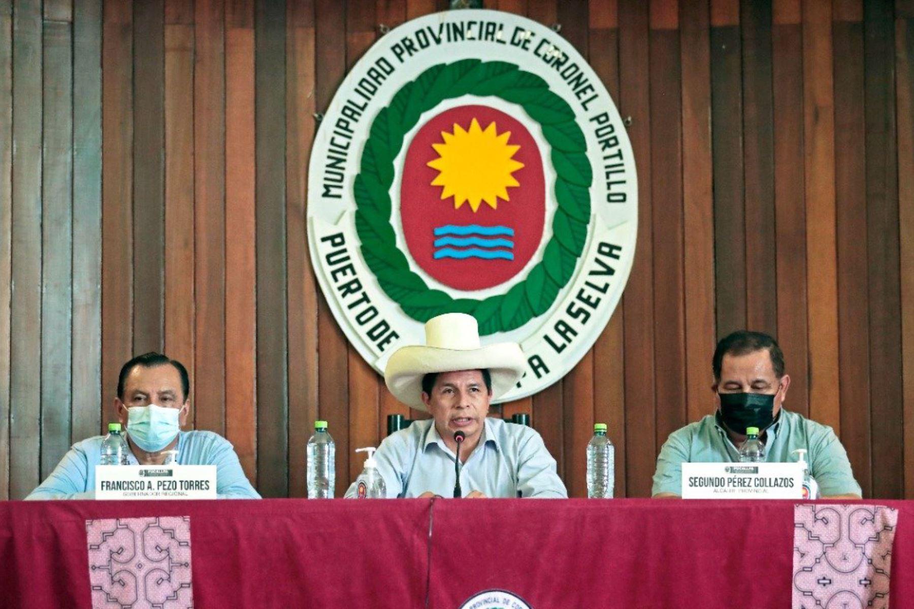 Jefe de Estado: ministros tienen el encargo de recibir a los alcaldes