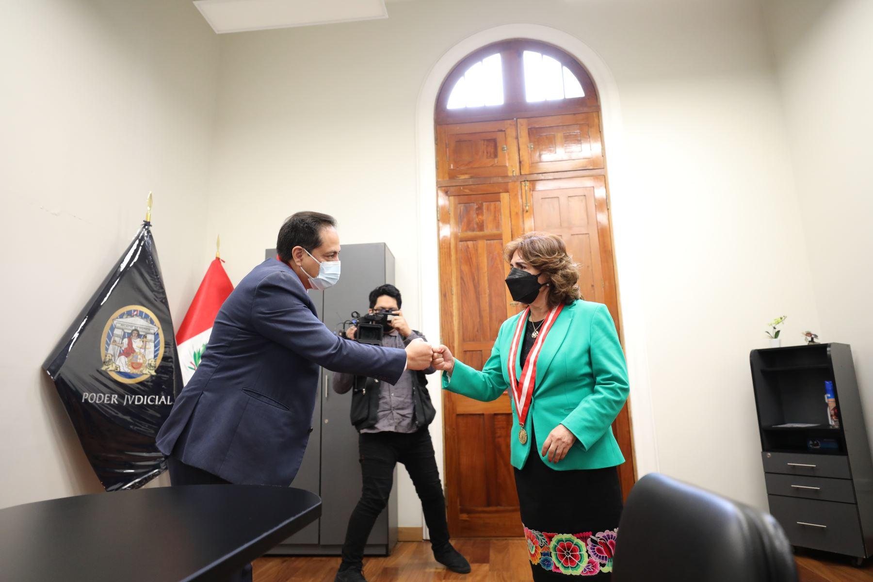 Presidenta del Poder Judicial, Elvia Barrios Alvarado, realizó una visita a las dos sedes de la Corte Superior Nacional de Justicia Penal Especializada, ubicadas en Jr. Manuel Cuadros 182 y Prolongación Tacna 734, ambas en el Cercado de Lima. Foto: PJ
