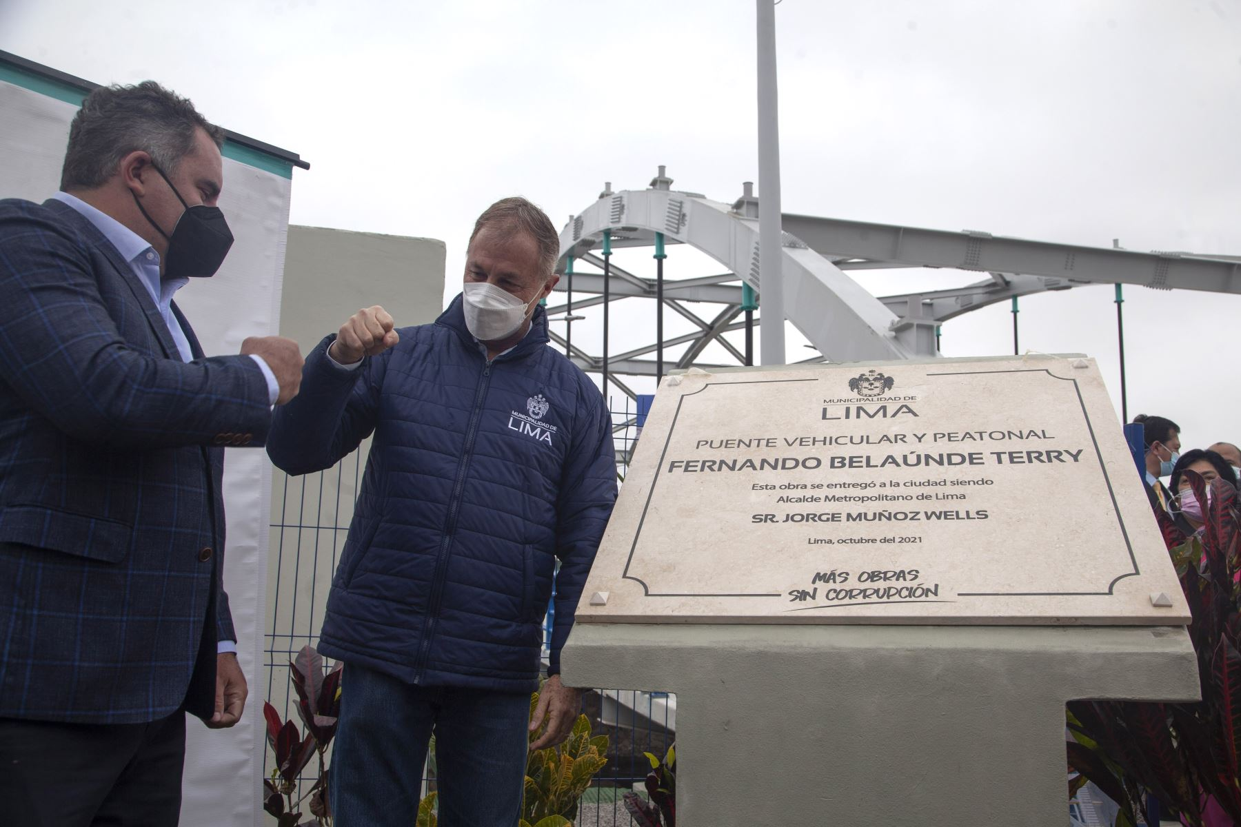 Esta infraestructura, que beneficiará a más de 100 mil ciudadanos y lleva el nombre del expresidente Fernando Belaunde Terry, cuenta con 16 pilotes de cimentación de 27 m de profundidad. Foto: ANDINA/ Municipalidad de Lima