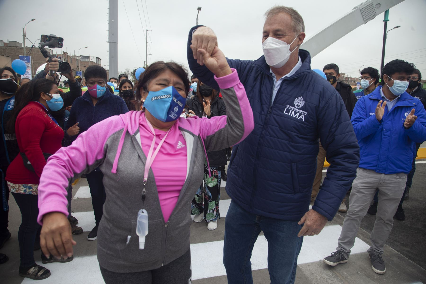 La Municipalidad de Lima, entrega a los vecinos de San Martín de Porres y Carmen de la Legua-Reynoso el nuevo puente Fernando Belaúnde Terry.  Foto: ANDINA/ Municipalidad de Lima
