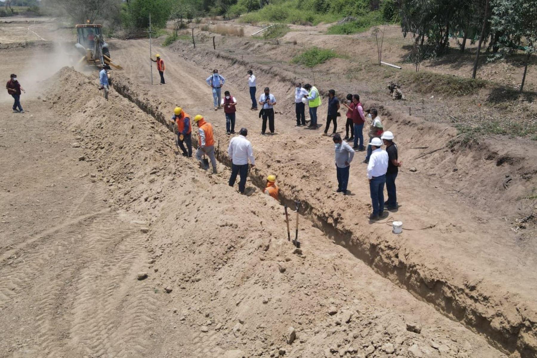 Obras de saneamiento para llevar agua de calidad al distrito de Pacora, en la región Lambayeque. Foto: ANDINA/Difusión