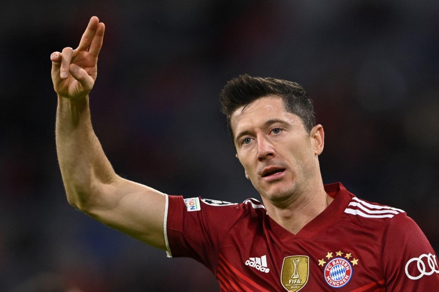 Técnico del Bayern Múnich asegura que Lewandowski merece el Balón de Oro