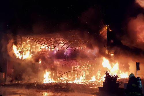 Incendio en Taiwán dejó 46 muertos y 41 hospitalizados