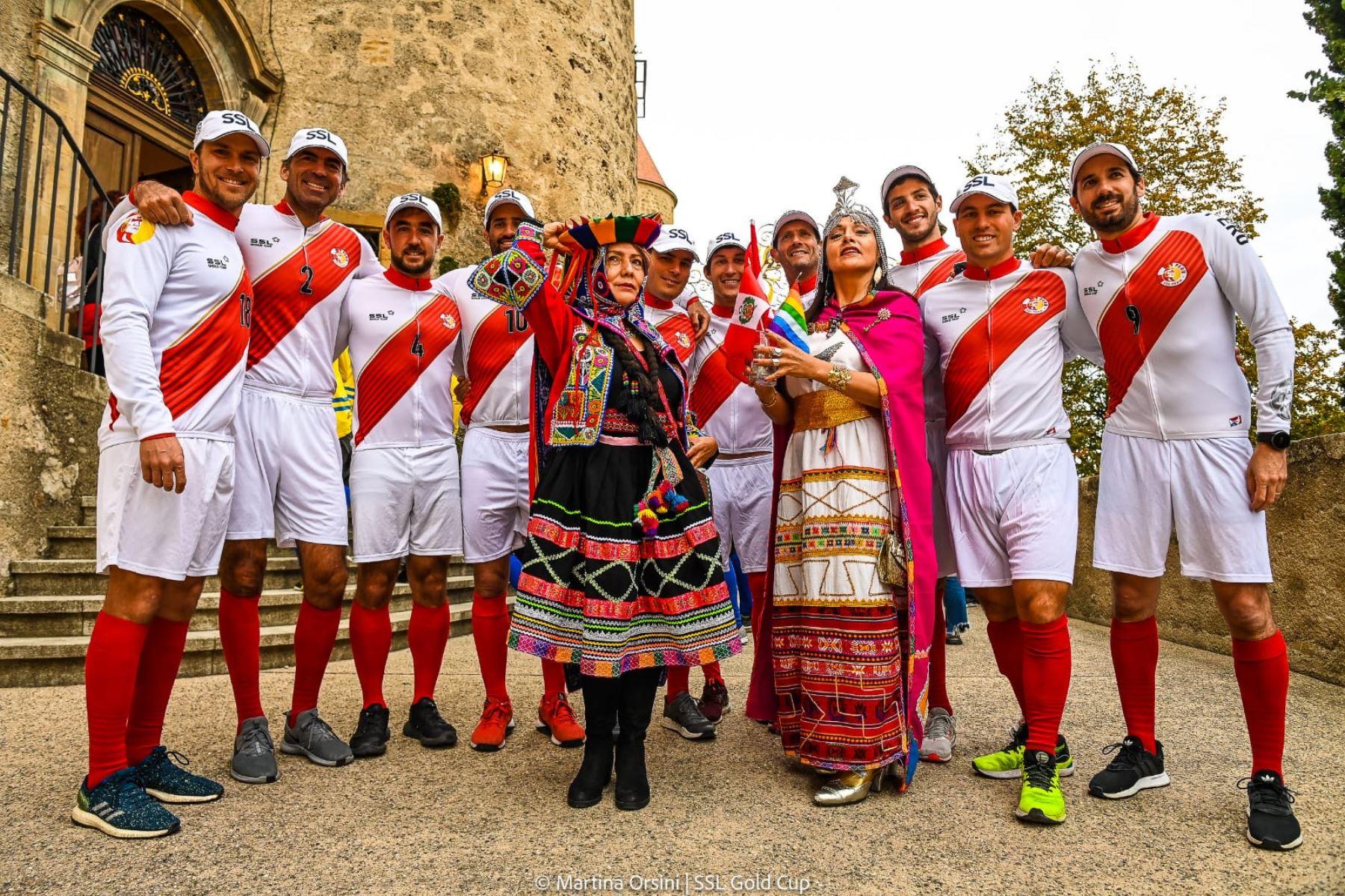 Perú lucha por la medalla de oro en el Mundial de Vela que se disputa en Suiza