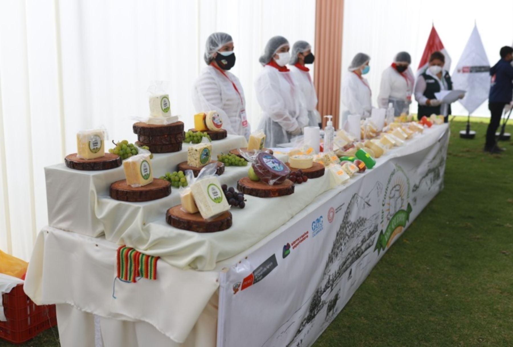 Regiones Cajamarca y La Libertad se coronan como las mejores en concurso de quesos