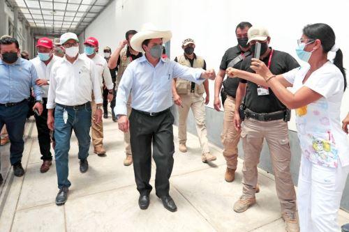 Presidente Pedro Castillo inaugura la tercera planta de oxígeno del Hospital de Tarapoto