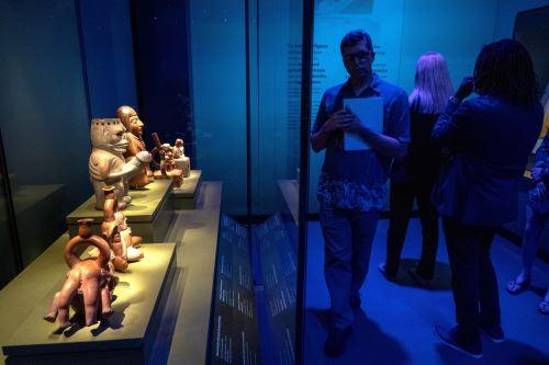 """Arte y tecnología se mezclan en la exposición """"Machu Picchu y los Imperios Dorados de Perú"""" que se inaugura en los EE.UU."""