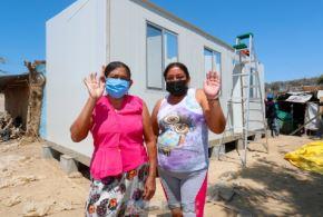 El Ministerio de Vivienda, Construcción y Saneamiento inició el traslado a la provincia de Sullana de 245 módulos temporales de vivienda que albergarán a las familias damnificadas por el fuerte sismo que afectó a la región de Piura. Foto: MVCS