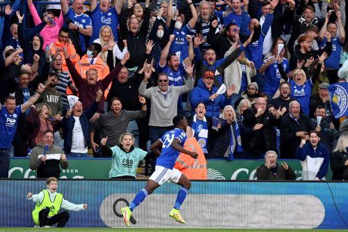 Leicester City derrota 4-2 al Manchester United por la Premier League