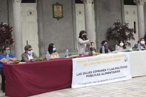 """Premier Mirtha Vásquez participó del encuentro """"Las ollas comunes y las políticas públicas alimentarias"""""""