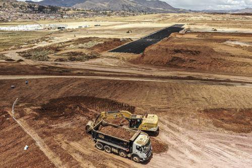 Los trabajos de movimiento de tierras registran un avance del 30 % hasta fines de setiembre, informó el MTC. Foto: ANDINA/difusión.