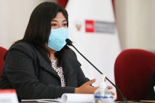 Ministra de Trabajo y Promoción del Empleo, Betssy Chavez. Foto: Cortesía.