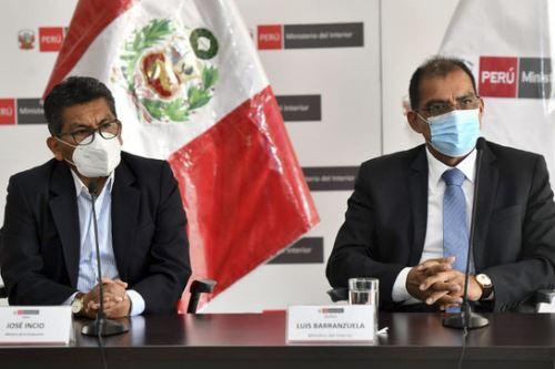 A pocas semanas de la campaña navideña, Los ministros de la Producción, José Incio, y del Interior, Luis Barranzuela promueven acciones para garantizar el orden y la seguridad en Gamarra y Mesa Redonda. ANDINA/ Mininter