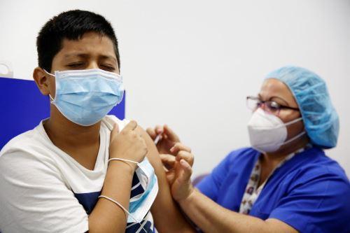 EE.UU. anuncia su plan para vacunar a 28 millones de niños entre 5 y 11 años.