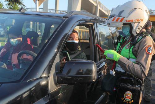 Infracción por no mostrar licencia de conducir a la autoridad no se aplica a conductores con brevetes electrónicos. Foto: ANDINA/Difusión