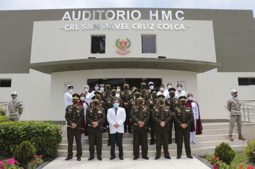 Homenaje a los médicos y personal militar asistencial fallecido prestando servicios para enfrentar la Covid-19