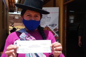 Un total de 10,566 pobladores de zonas rurales de la Sierra y Selva recibieron el bono Yanapay y fueron orientados sobre este apoyo económico.