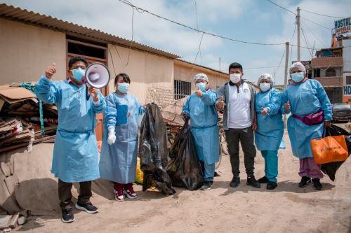 En Nuevo Chimbote y Casma  se recogieron objetos inservibles que puedan servir de criaderos del zancudo Aedes Aegypti que transmite el dengue, el zika y la chikunguya. Foto: ANDINA/Difusión