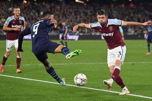 West Ham eliminó al campeón Manchester City