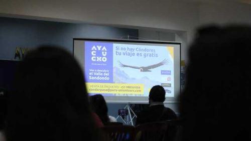 Se presentó material audiovisual a cargo del Patronato Pikimachay en la presentación de la ruta turística. Foto: ANDINA/Gore Ayacucho.