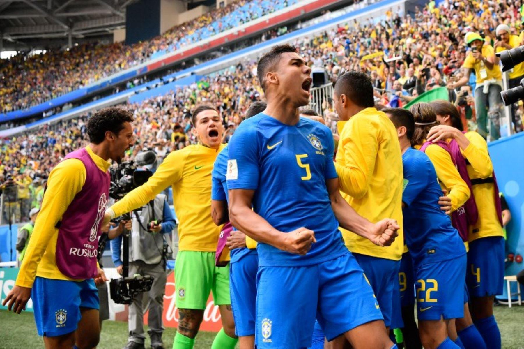 En descuentos Brasil elimina a Costa Rica 2-0
