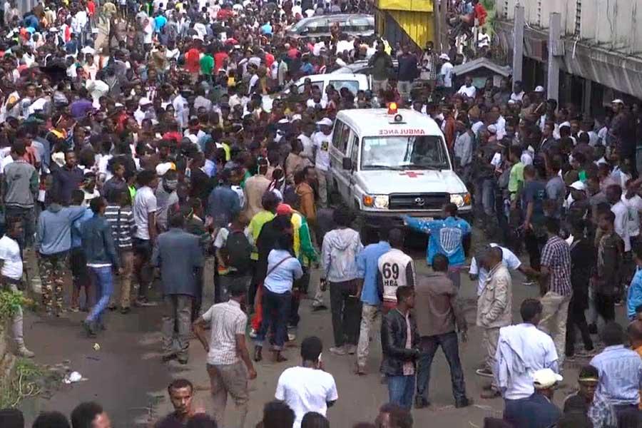 Etiopía: Explosión causa 80 heridos durante mitin