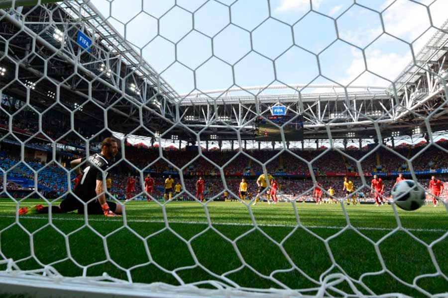 Bélgica goleó 5-2 a Túnez y se acerca a octavos de final