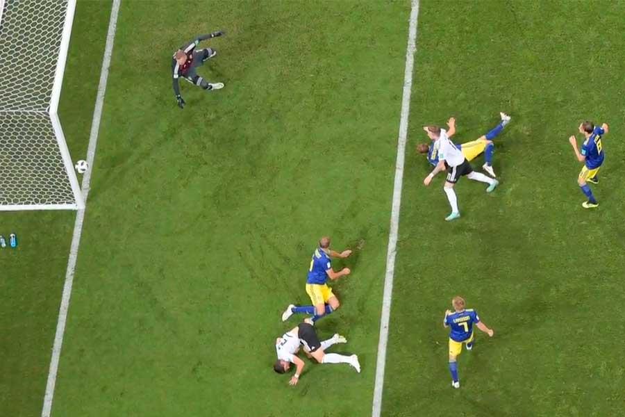 Alemania resucita y vence 2-1 a Suecia