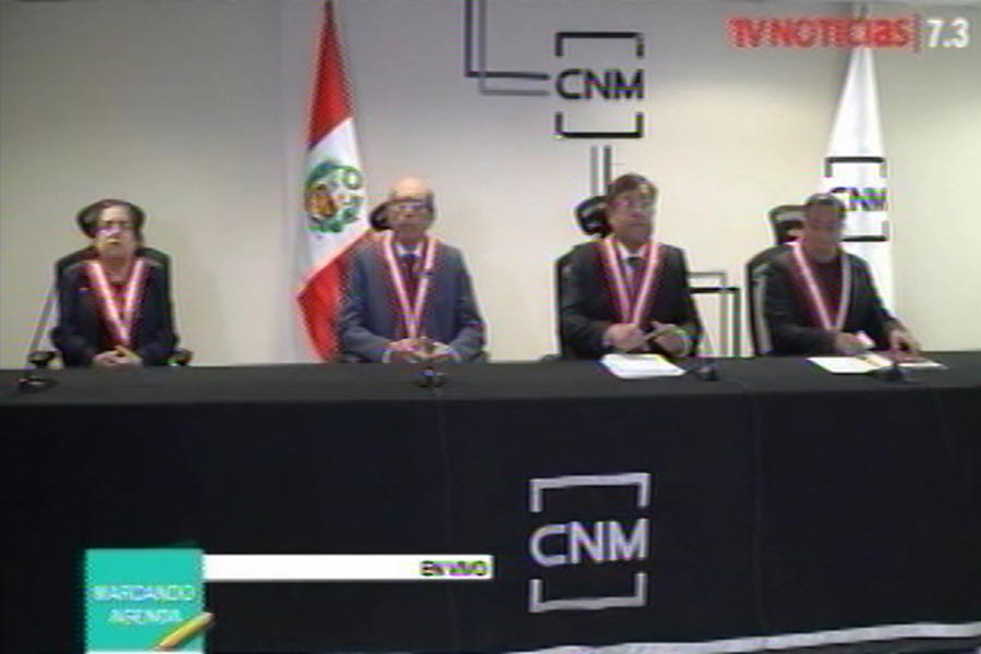 Miembros del CNM ponen sus cargos a disposición del Congreso
